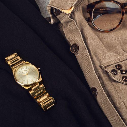 New-Basic-Dourado-claro