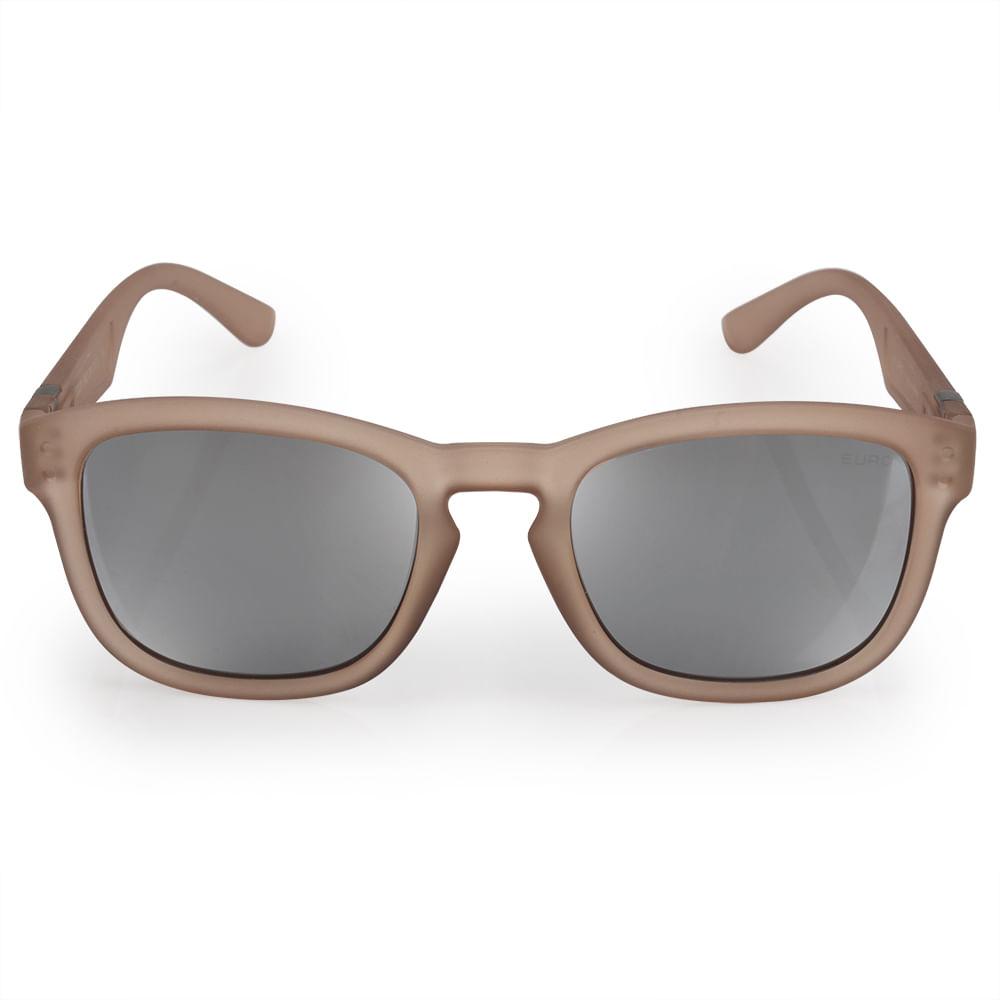 6e487dce73439 O Óculos de Sol Feminino Euro Nude é da coleção Retangular Power. As hastes  são de policarbonato fosco nude translúcidoe a lente é cinza com flash  prata.